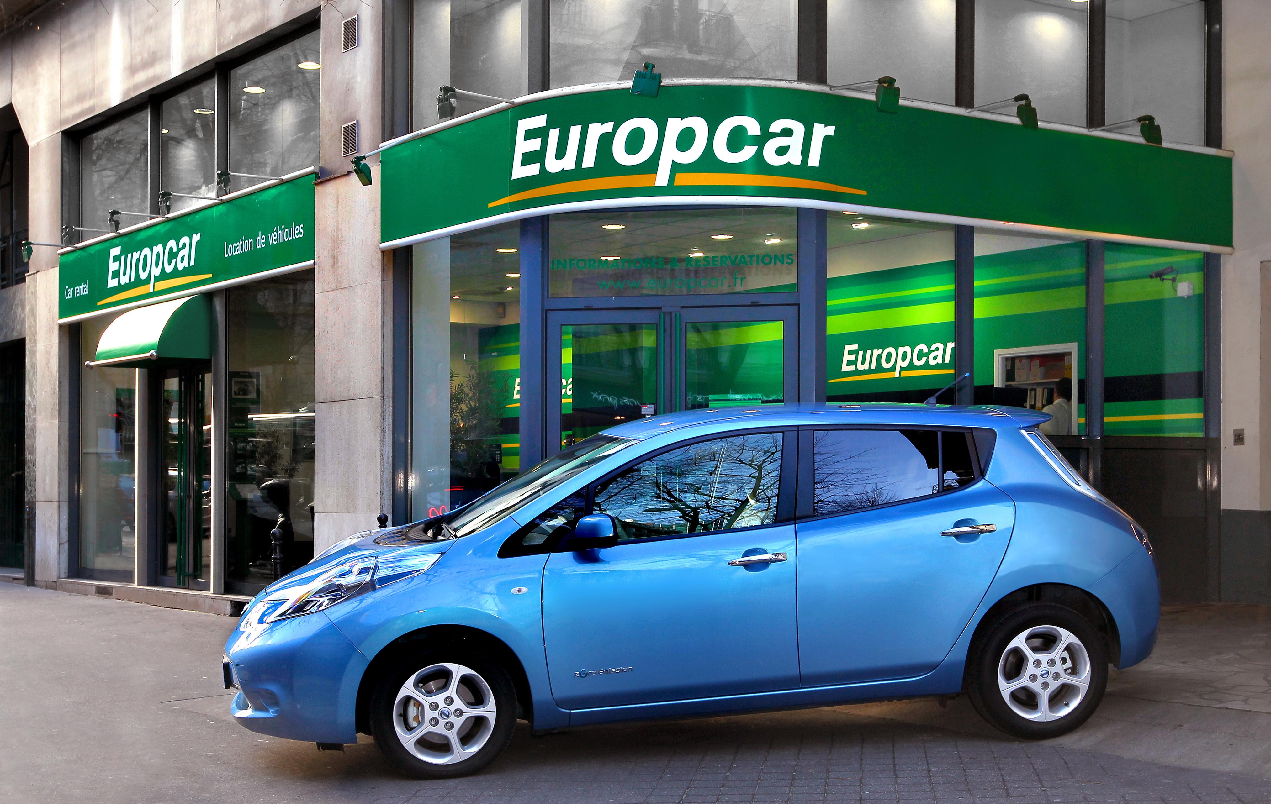 Nissan y Europcar se alían para alquilar coches eléctricos