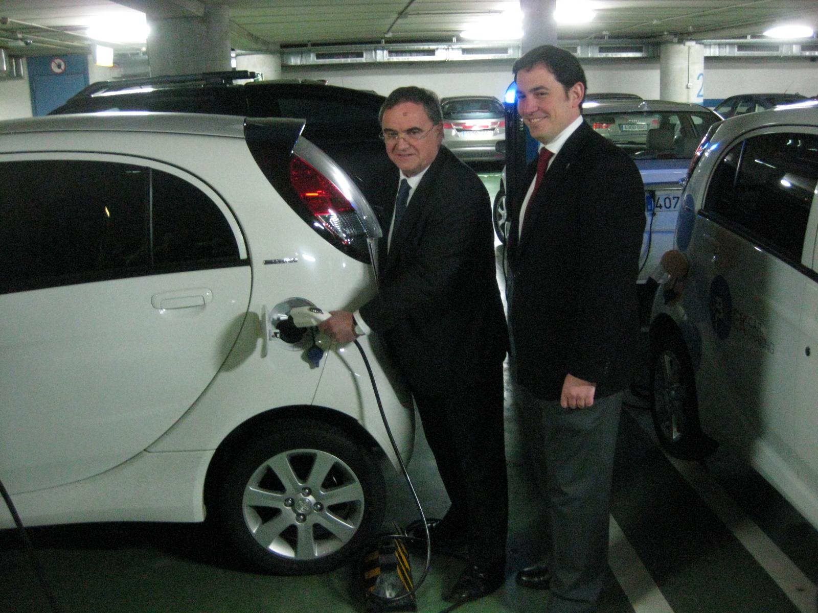 El Gobierno vasco y Repsol impulsan el car sharing de vehículos eléctricos