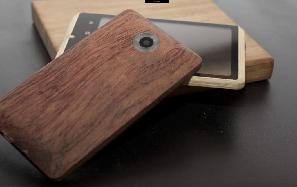 Un smartphone de bambú