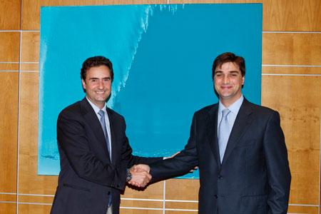Endesa firma un acuerdo con Ambilamp para gestionar residuos de lámparas en Canarias