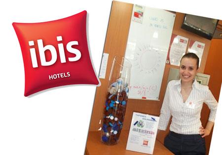 El hotel ibis de Murcia se adhiere a una campaña de reciclaje solidario