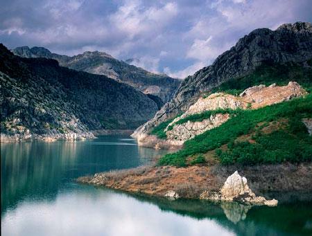 Medio Ambiente quiere impulsar la colaboración empresarial en defensa de la Naturaleza