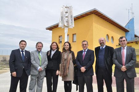 Instalado el primer aerogenerador vertical español en Zaragoza