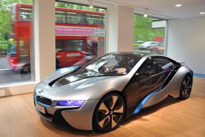"""BMW """"electriza"""" Londres con su concepto de movilidad"""