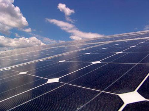 Las renovables, en pie de guerra contra el Gobierno