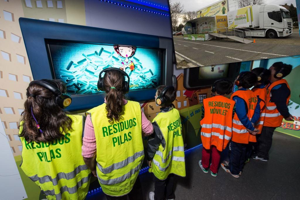 Una escuela móvil para aprender a reciclar