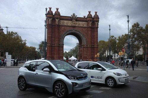 Experimentos eléctricos por las calles de Barcelona