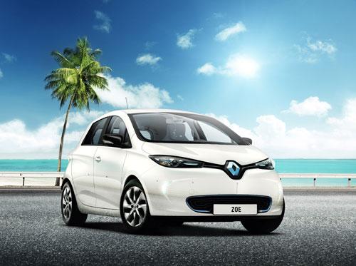 Los eléctricos de Renault ruedan libres bajo el sol de la isla de Reunión