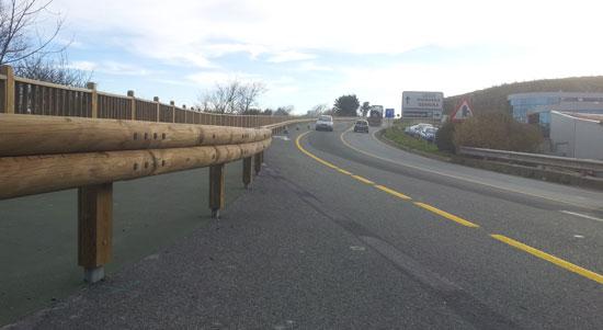 Seguridad vial con madera local