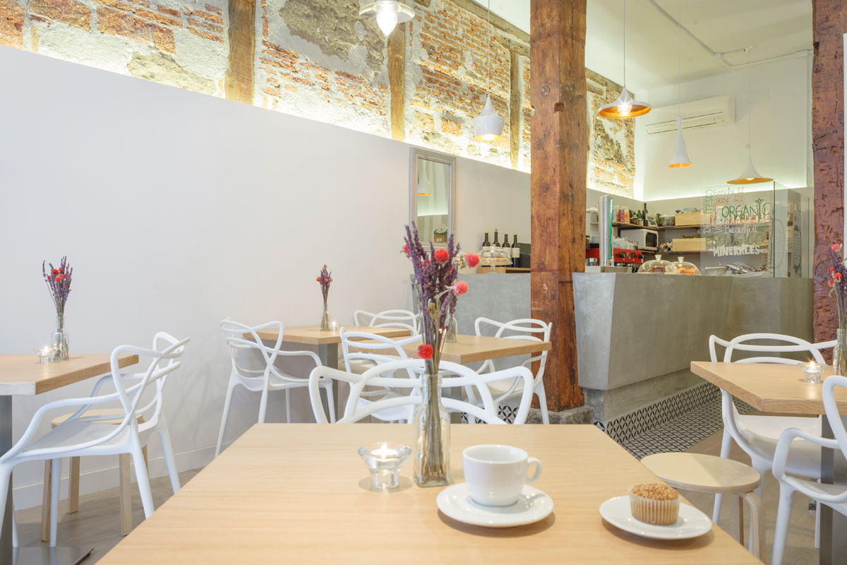 DelliCare Organic Beauty Café