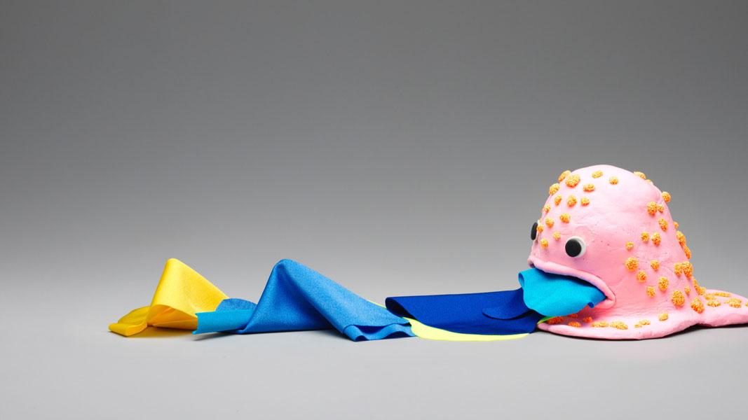 Microbios, cítricos o algas entre las ideas para crear una moda circular