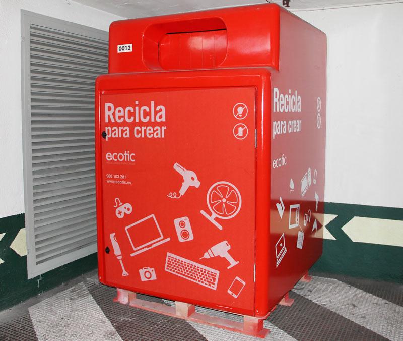 el corte inglés recicla con ecotic pequeños aparatos electrodomésticos