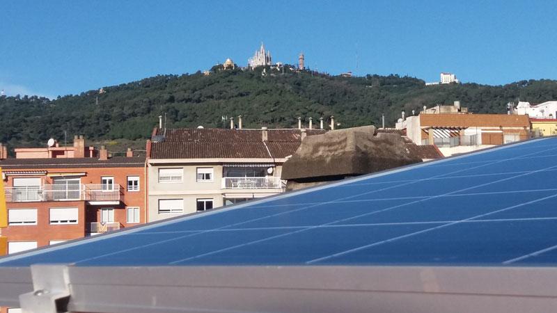 Ecooo autoconsumo fotovoltaico Barcelona vivienda instalación ahorro energía