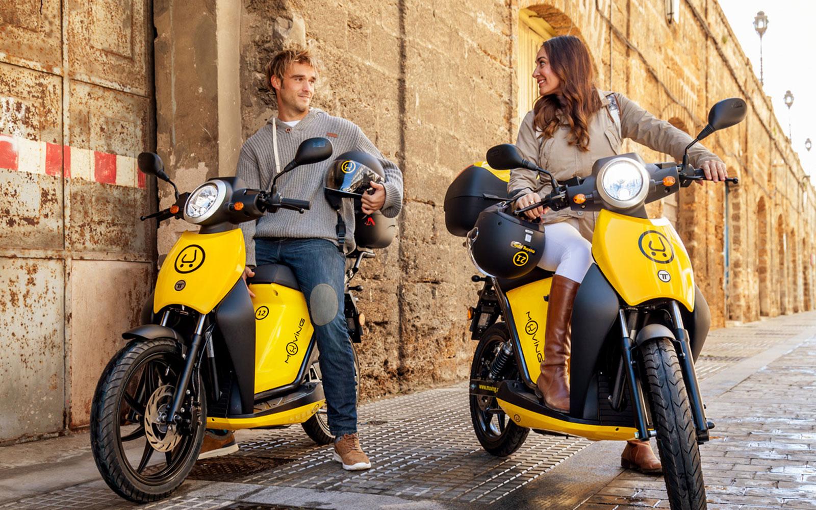 Muving lanza en Madrid su servicio de motosharing eléctrico