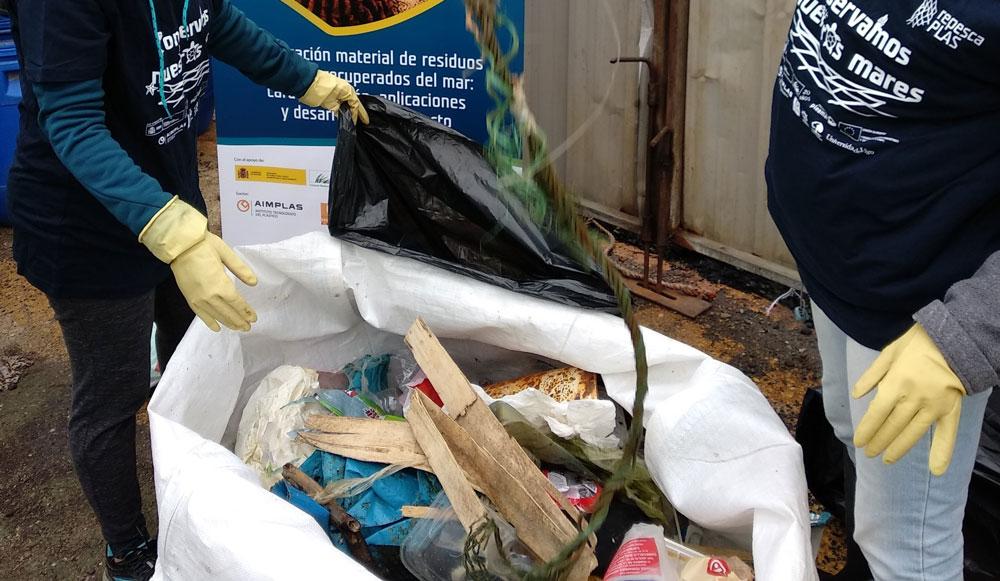 AIMPLAS RepescaPlas Retirada Arrastrero Gandia Residuos Mar
