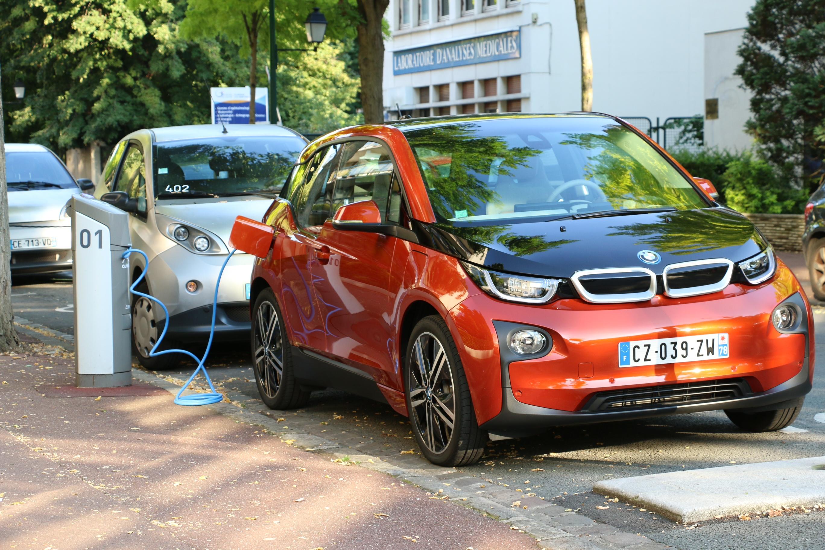 Coche eléctrico España BMW i3 AEDIVE