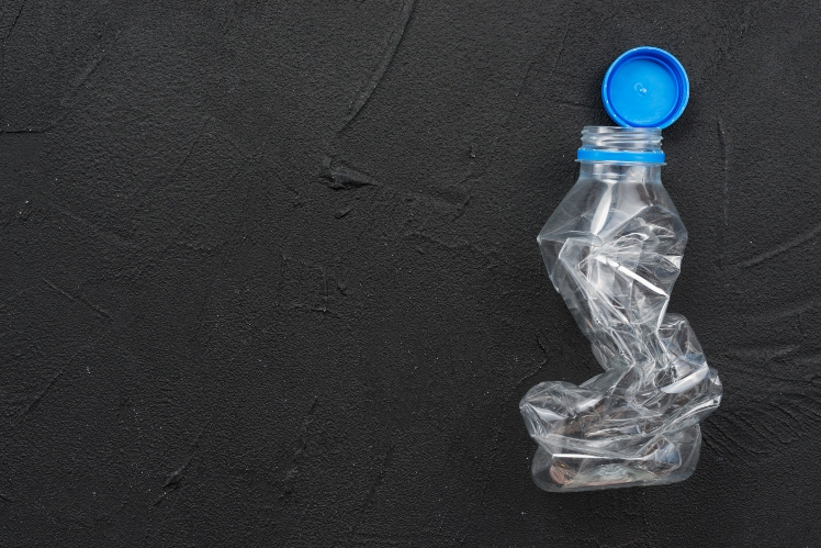 Reciclaje botella de plástico España
