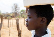 World Vision sequía Angola Zimbaue derechos niños