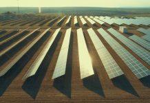 Banco Santander descarbonización placas solares