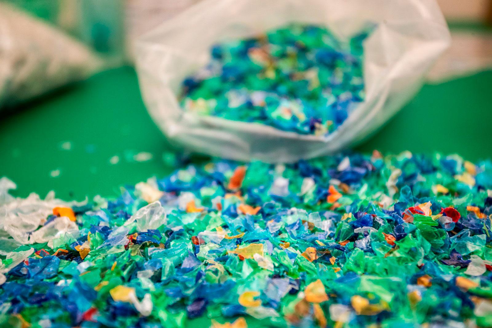 Ekomodo Ekorec reciclaje plástico diseño